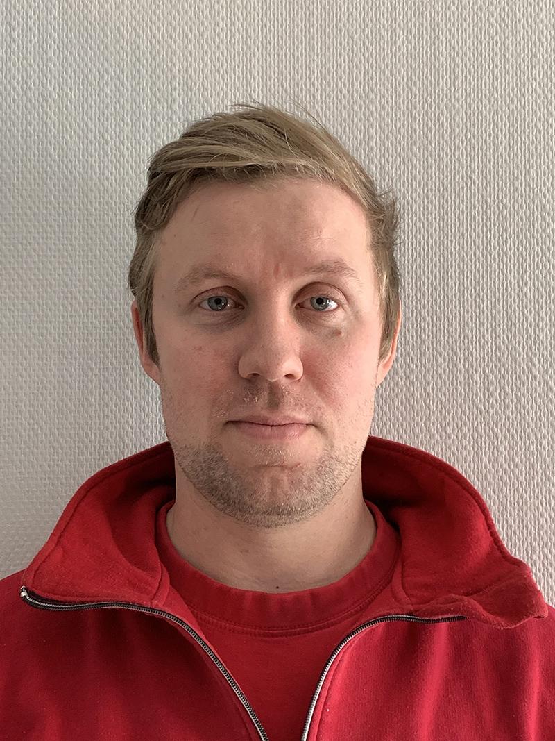 Niklas Eriksson :